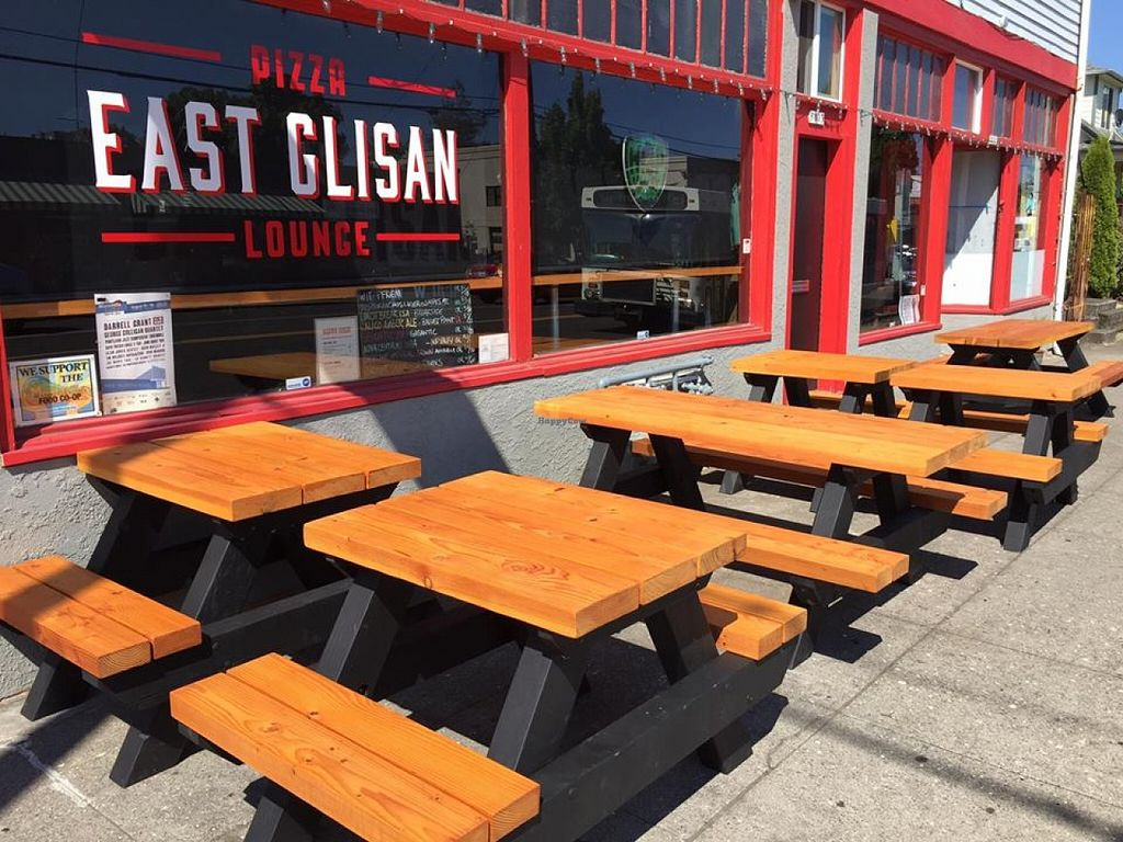 "Photo of East Glisan Pizza Lounge  by <a href=""/members/profile/community"">community</a> <br/> East Glisan Pizza Lounge