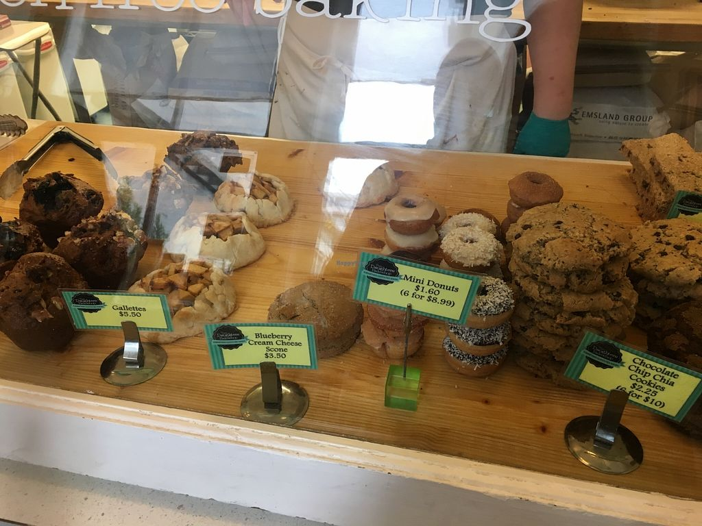 """Photo of Two Daughters Bakeshop  by <a href=""""/members/profile/vegan%20frog"""">vegan frog</a> <br/>Bakery  <br/> April 9, 2016  - <a href='/contact/abuse/image/62376/143678'>Report</a>"""