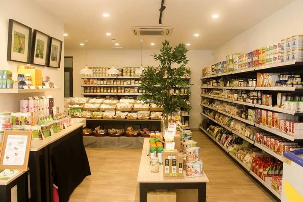 """Photo of Zenxin Organic Health Food Shop  by <a href=""""/members/profile/community"""">community</a> <br/>Inside  Zenxin Organic Health Food Shop <br/> September 4, 2015  - <a href='/contact/abuse/image/62389/116452'>Report</a>"""