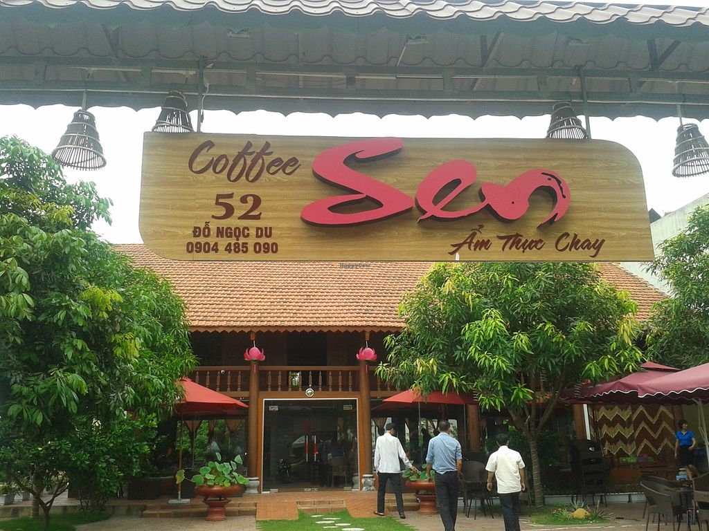 """Photo of Nha Hang Am Thuc Chay Va Cafe Sen  by <a href=""""/members/profile/veganvirtues"""">veganvirtues</a> <br/>Vegan Cafe Sen <br/> August 30, 2015  - <a href='/contact/abuse/image/62568/115714'>Report</a>"""