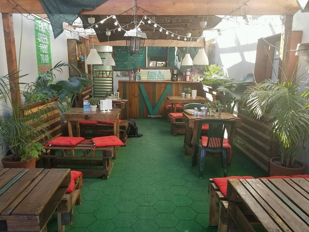 """Photo of The Green House  by <a href=""""/members/profile/kenvegan"""">kenvegan</a> <br/>inside <br/> March 1, 2018  - <a href='/contact/abuse/image/62588/365526'>Report</a>"""
