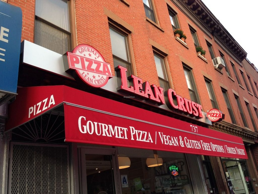 "Photo of Lean Crust Pizza  by <a href=""/members/profile/community"">community</a> <br/>Lean Crust Pizza <br/> September 9, 2015  - <a href='/contact/abuse/image/62653/117124'>Report</a>"