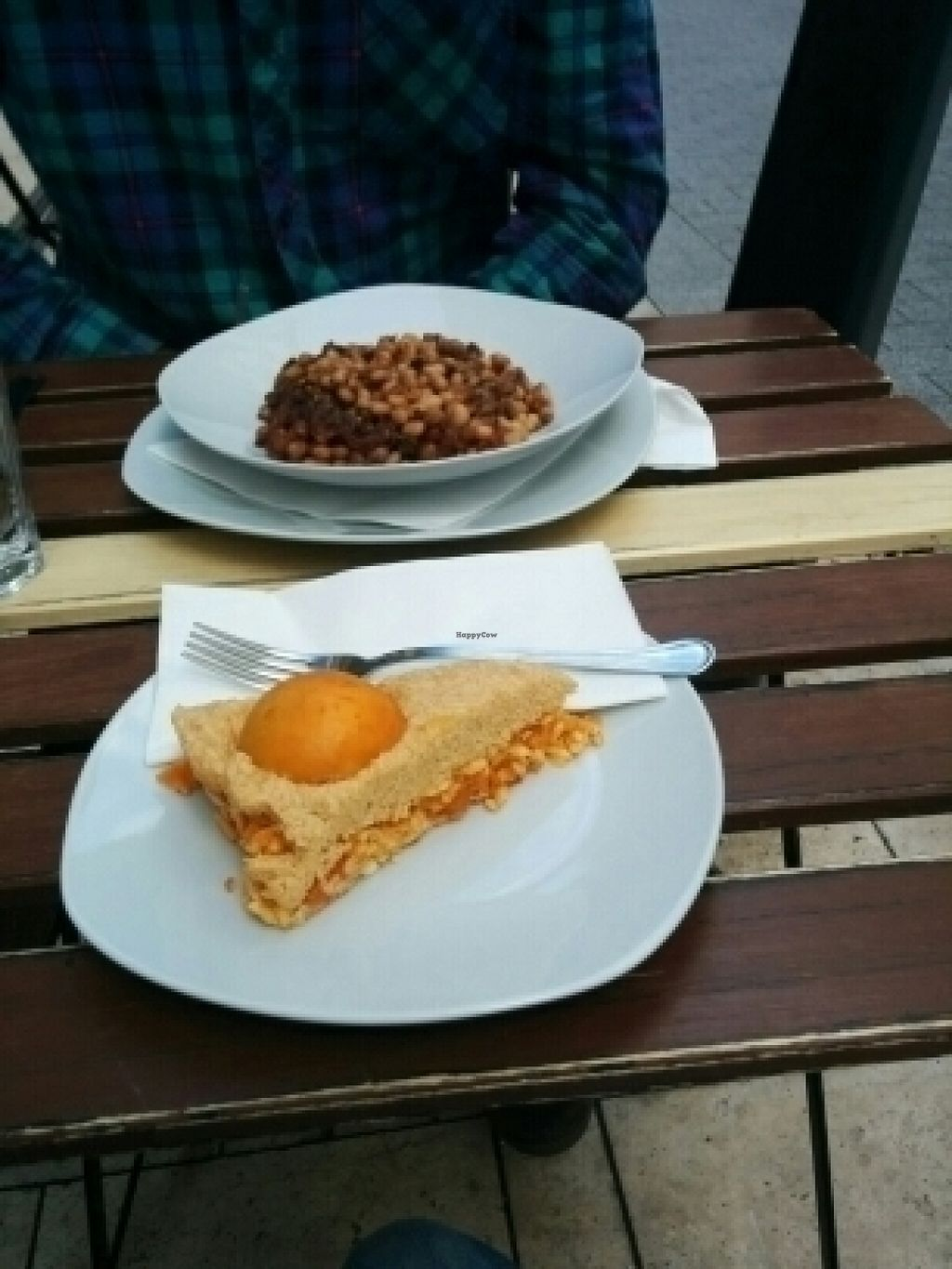 "Photo of CLOSED: CsendesM Vegan Bistro  by <a href=""/members/profile/AinoPerttunen"">AinoPerttunen</a> <br/>Apricot cake and the main course <br/> July 14, 2016  - <a href='/contact/abuse/image/62674/159874'>Report</a>"
