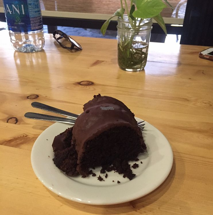 """Photo of CLOSED: Health's Kitchen  by <a href=""""/members/profile/tburgese"""">tburgese</a> <br/>chocolate cake <br/> August 31, 2016  - <a href='/contact/abuse/image/62724/172556'>Report</a>"""