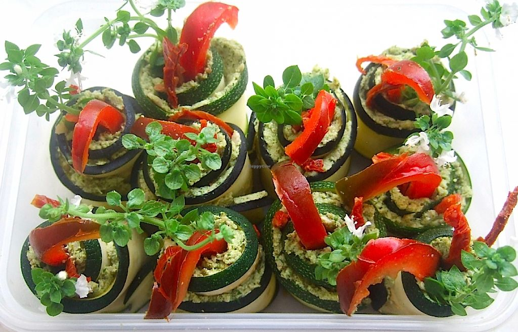"Photo of Cruioso  by <a href=""/members/profile/Cruioso"">Cruioso</a> <br/>Zucchini Rose Garden - Raw zucchini (courgette) rolls filled with a tasty paté (which is also available separately <br/> August 30, 2015  - <a href='/contact/abuse/image/62744/241595'>Report</a>"