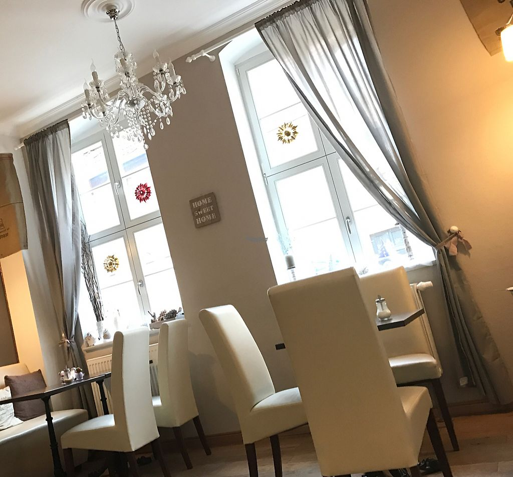 """Photo of Wohnzimmer  by <a href=""""/members/profile/marky_mark"""">marky_mark</a> <br/>inside <br/> January 29, 2017  - <a href='/contact/abuse/image/62864/218988'>Report</a>"""