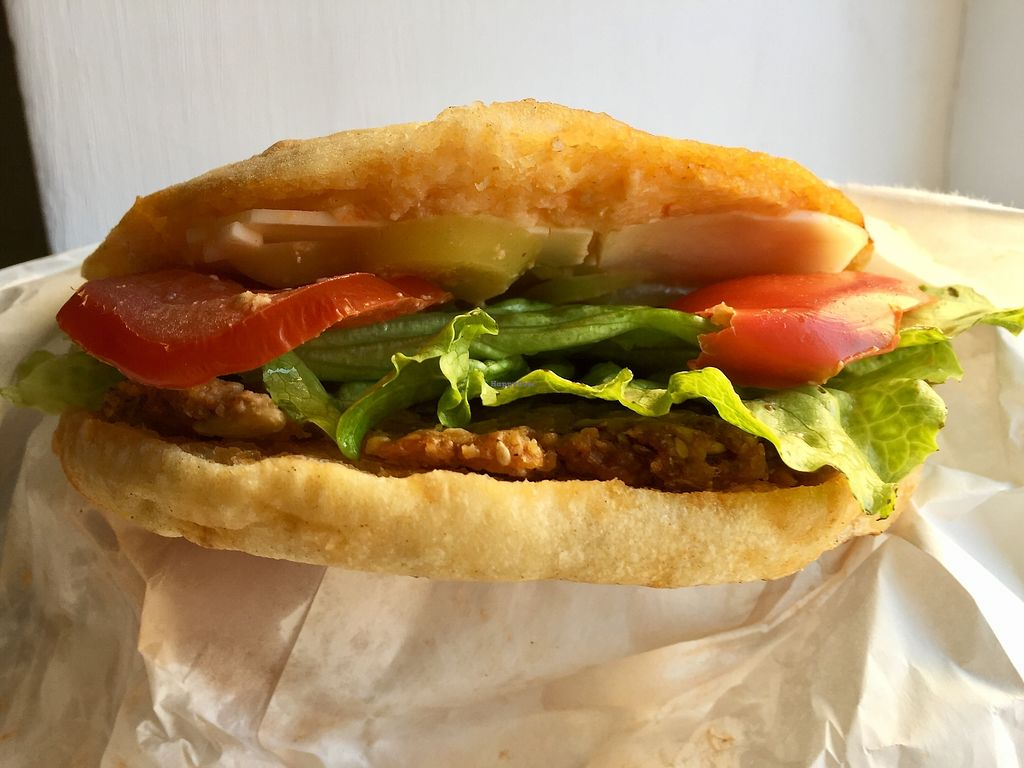 """Photo of Fast Food Vege Fino  by <a href=""""/members/profile/burgerabroad"""">burgerabroad</a> <br/>vegan cheeseburger  <br/> October 28, 2017  - <a href='/contact/abuse/image/62912/319494'>Report</a>"""