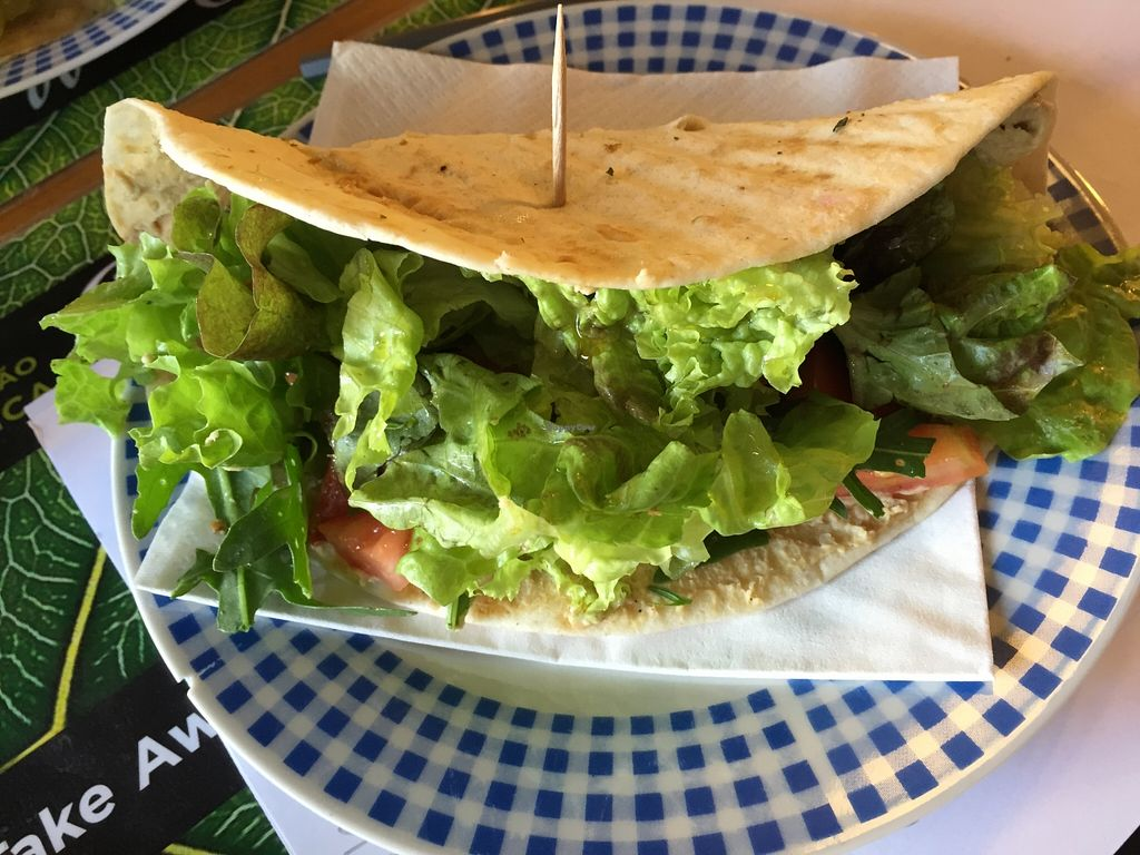 "Photo of Bioescolha  by <a href=""/members/profile/dlachica"">dlachica</a> <br/>Piadina de Hummus <br/> September 8, 2015  - <a href='/contact/abuse/image/63033/116916'>Report</a>"