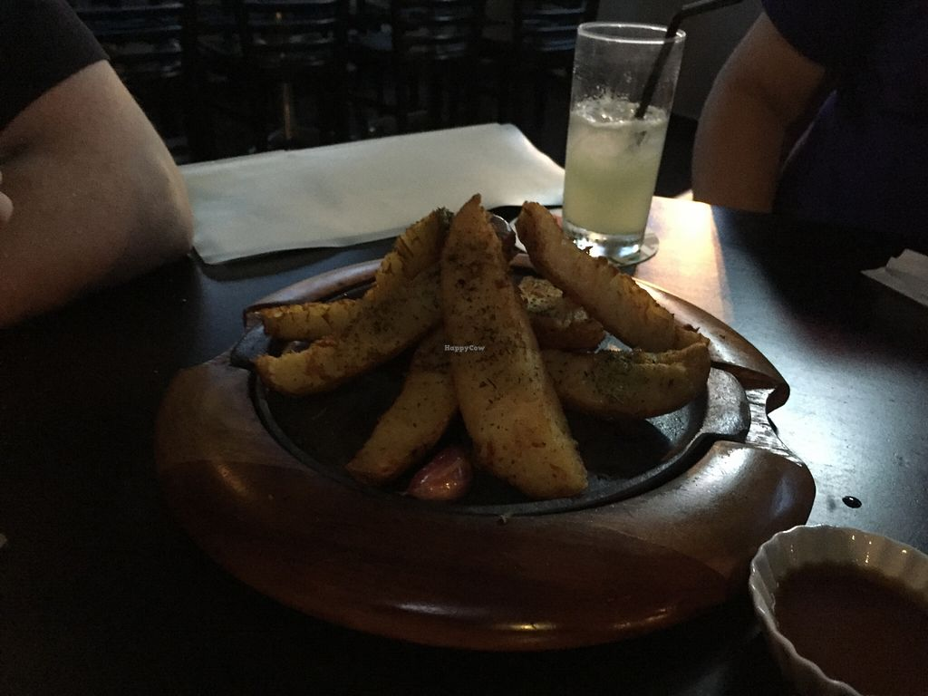 """Photo of Kingsford Pub  by <a href=""""/members/profile/Paolla"""">Paolla</a> <br/>Delicious potatoes <br/> January 10, 2016  - <a href='/contact/abuse/image/63102/131942'>Report</a>"""