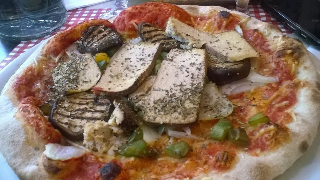 """Photo of O Chato  by <a href=""""/members/profile/Sylvane"""">Sylvane</a> <br/>Pizza L'As Vegan, 100%vegan, 13.50€ <br/> July 20, 2016  - <a href='/contact/abuse/image/63158/161119'>Report</a>"""