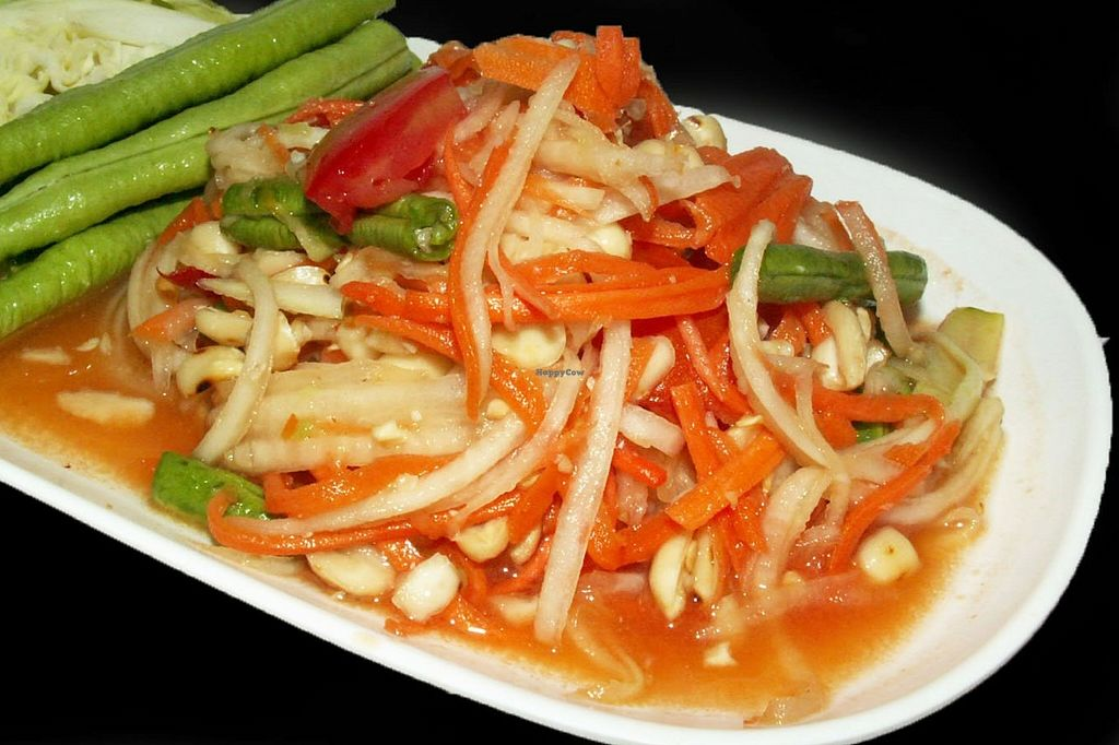"Photo of Veggie J  by <a href=""/members/profile/Sapanhan.J"">Sapanhan.J</a> <br/>Papaya Salad <br/> September 9, 2015  - <a href='/contact/abuse/image/63178/117156'>Report</a>"