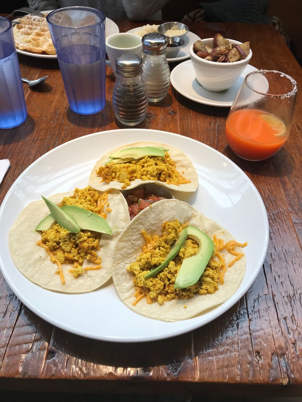 "Photo of Beerline Cafe  by <a href=""/members/profile/eveazc"">eveazc</a> <br/>Tofu scramble with avocado breakfast tacos <br/> January 11, 2018  - <a href='/contact/abuse/image/63336/345536'>Report</a>"