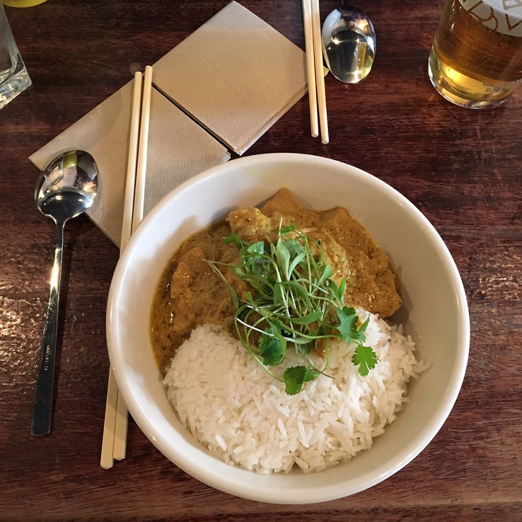 """Photo of The Hug and Pint  by <a href=""""/members/profile/Ghiribizzo"""">Ghiribizzo</a> <br/>Jackfruit Curry <br/> May 1, 2017  - <a href='/contact/abuse/image/63341/254600'>Report</a>"""