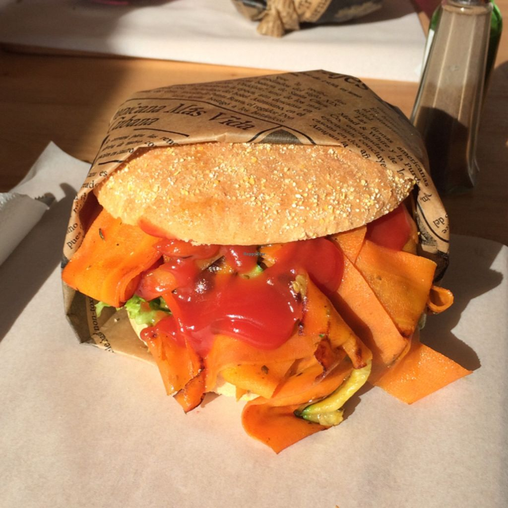"""Photo of Mahlzeit  by <a href=""""/members/profile/Plantpower"""">Plantpower</a> <br/>vegan burger 'Walter white' with roasted veggies and tofu  <br/> February 14, 2016  - <a href='/contact/abuse/image/63354/136218'>Report</a>"""