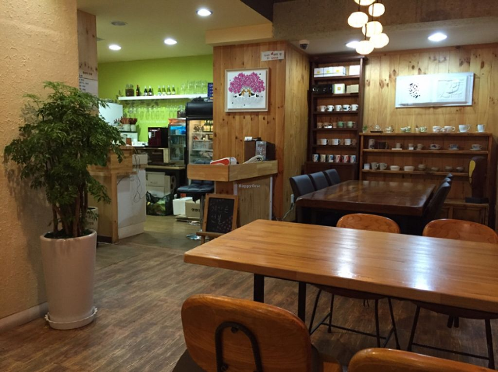 """Photo of CLOSED: Insarang - 인사랑  by <a href=""""/members/profile/notsorural"""">notsorural</a> <br/>inside 3 <br/> October 23, 2015  - <a href='/contact/abuse/image/63431/122297'>Report</a>"""