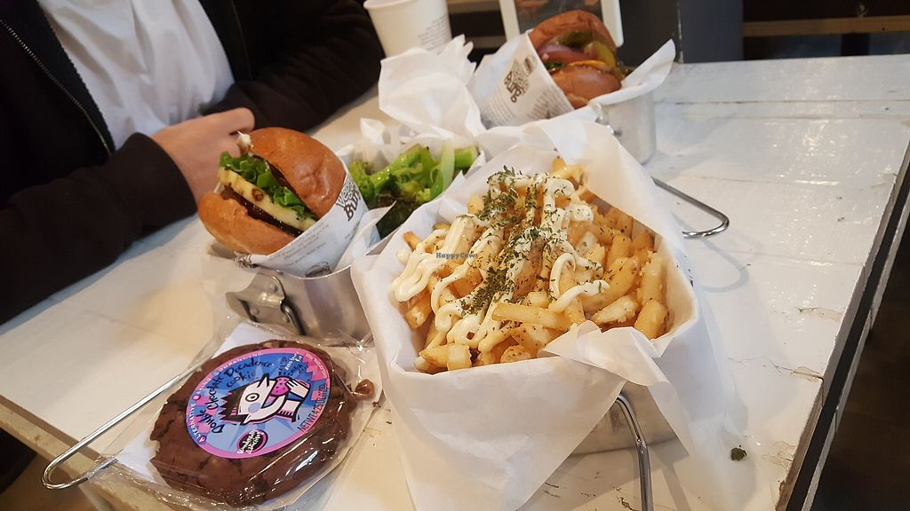"""Photo of VeganBurg  by <a href=""""/members/profile/sarahssoares"""">sarahssoares</a> <br/>Garlic fries <br/> March 27, 2018  - <a href='/contact/abuse/image/63460/376782'>Report</a>"""