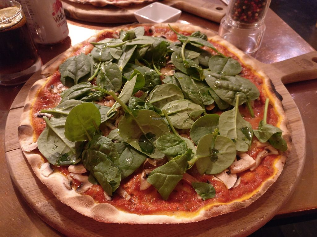 "Photo of In Bocca al Lupo  by <a href=""/members/profile/Meaks"">Meaks</a> <br/>Pizza with vegan cheese, mushrooms, onion and spinach <br/> June 25, 2017  - <a href='/contact/abuse/image/63477/273459'>Report</a>"