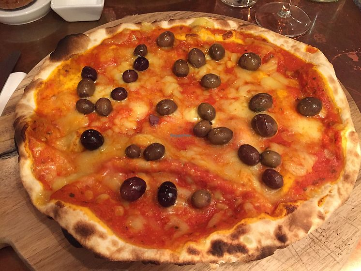"Photo of In Bocca al Lupo  by <a href=""/members/profile/DonnaC"">DonnaC</a> <br/>vegan cheese pizza with olives  <br/> September 10, 2017  - <a href='/contact/abuse/image/63477/303143'>Report</a>"