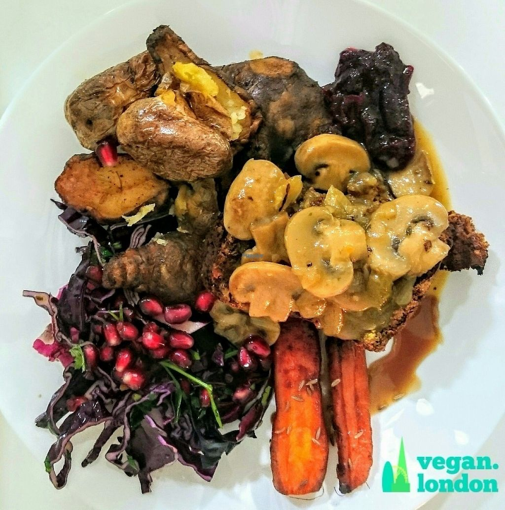 """Photo of The Feel Good Cafe  by <a href=""""/members/profile/robz"""">robz</a> <br/>Special Sunday roast <br/> December 18, 2016  - <a href='/contact/abuse/image/63478/202661'>Report</a>"""