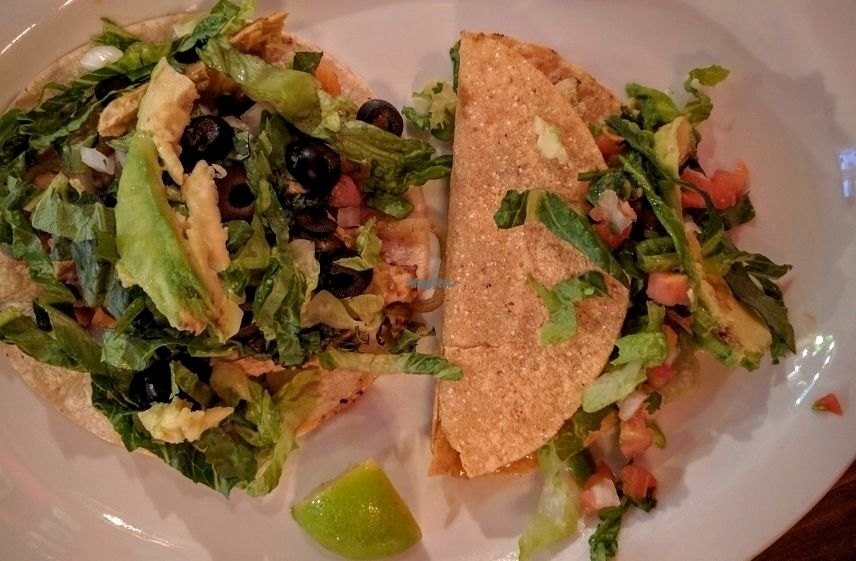 "Photo of El Chupacabra - Lake Union Park  by <a href=""/members/profile/The%20Hungry%20Vegan"">The Hungry Vegan</a> <br/>2 other vegan tacos <br/> September 18, 2016  - <a href='/contact/abuse/image/63505/176594'>Report</a>"
