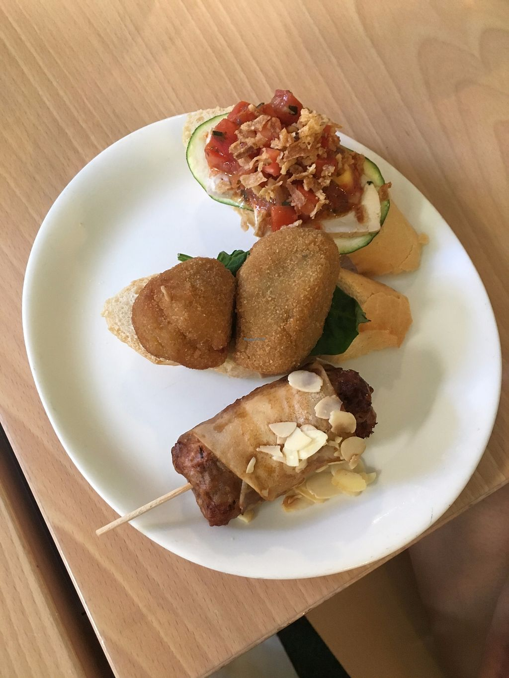 """Photo of Green Bistrot  by <a href=""""/members/profile/CrisyRivera"""">CrisyRivera</a> <br/>Different options of """"tapas"""" tofu and soy.  <br/> November 11, 2017  - <a href='/contact/abuse/image/63559/324465'>Report</a>"""