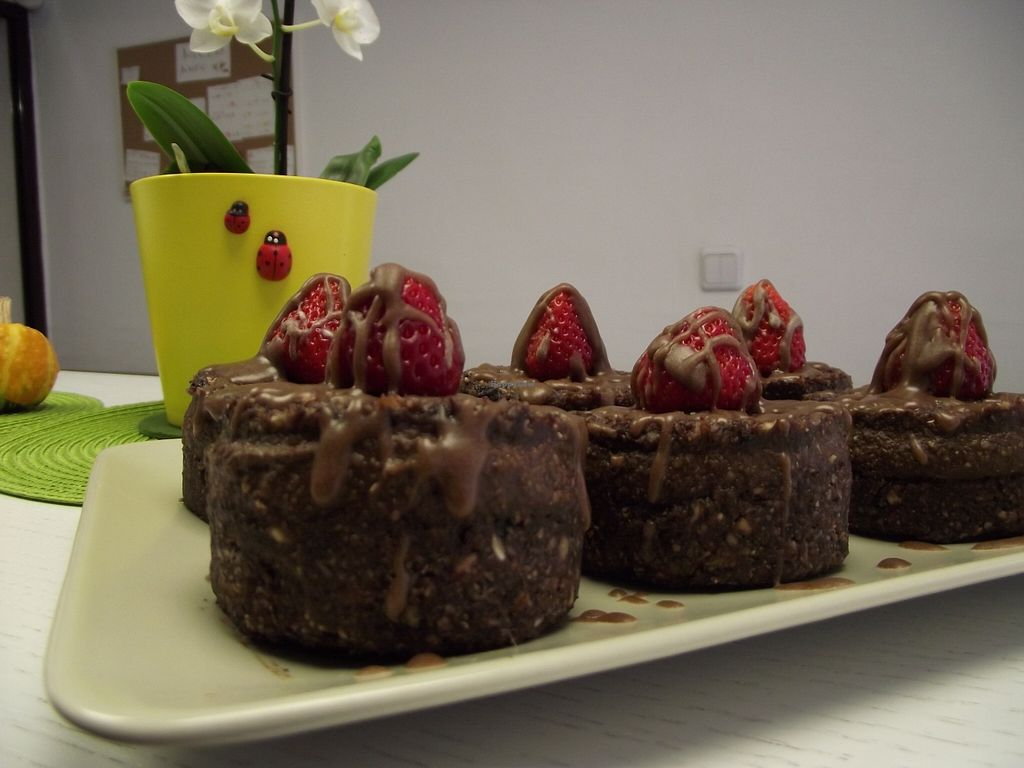 "Photo of Rawlly  by <a href=""/members/profile/Joanna%20Karatsaneva"">Joanna Karatsaneva</a> <br/>Raw vegan cakes <br/> September 27, 2015  - <a href='/contact/abuse/image/63584/119441'>Report</a>"