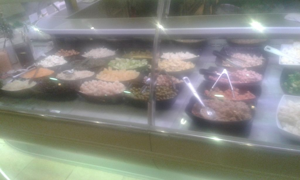 "Photo of Great Food Hall - Salad Bar  by <a href=""/members/profile/Stevie"">Stevie</a> <br/>6 <br/> December 11, 2015  - <a href='/contact/abuse/image/63691/127928'>Report</a>"