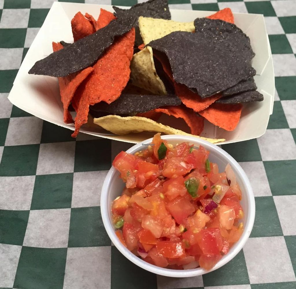 "Photo of Big Daddy's Burritos  by <a href=""/members/profile/community"">community</a> <br/>nachos and salsa  <br/> September 29, 2015  - <a href='/contact/abuse/image/63713/119598'>Report</a>"