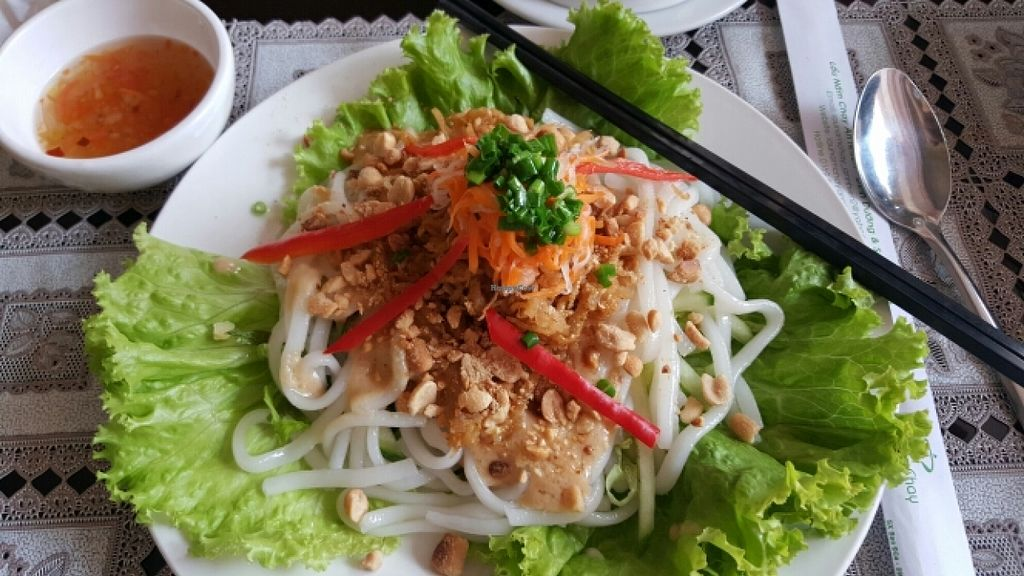 """Photo of Lau Nam Chay - An Nhien Thu  by <a href=""""/members/profile/Refinnej"""">Refinnej</a> <br/>banh tam (silkworm noodles) <br/> April 5, 2016  - <a href='/contact/abuse/image/63763/142852'>Report</a>"""