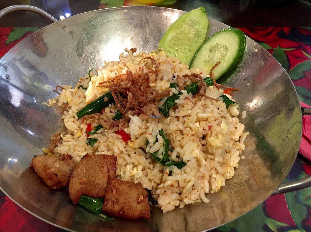 "Photo of Kampung Vege  by <a href=""/members/profile/Brian%20Ash"">Brian Ash</a> <br/>kampung fried rice  <br/> September 13, 2016  - <a href='/contact/abuse/image/63899/175382'>Report</a>"