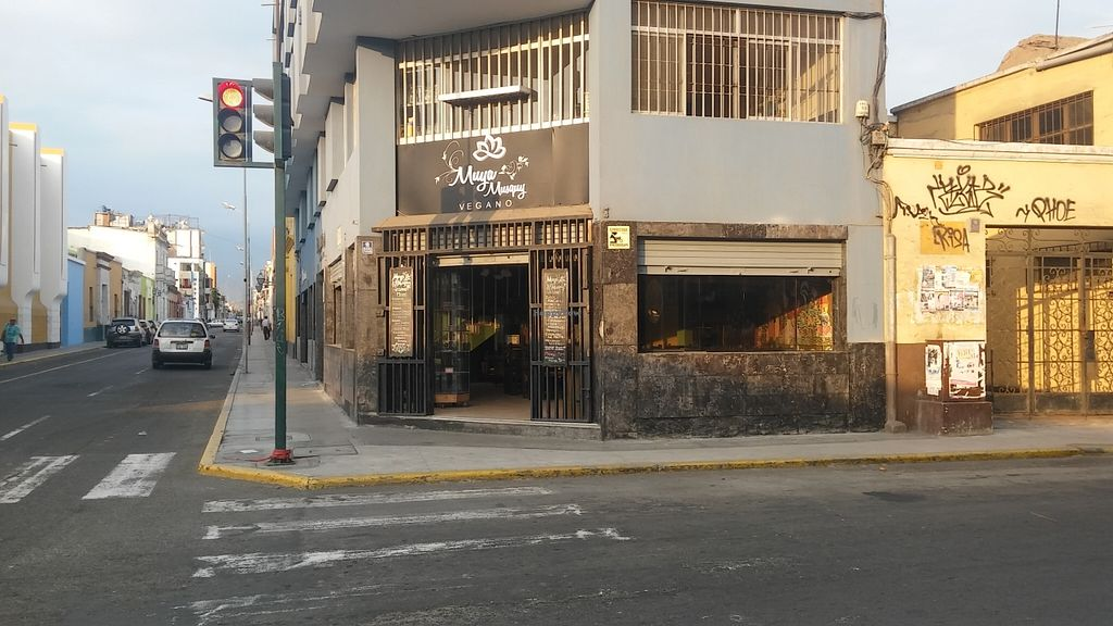 "Photo of Muya Musquy  by <a href=""/members/profile/Daniel161289"">Daniel161289</a> <br/>Our new location gamarra corner with san martin <br/> March 13, 2016  - <a href='/contact/abuse/image/63908/139906'>Report</a>"