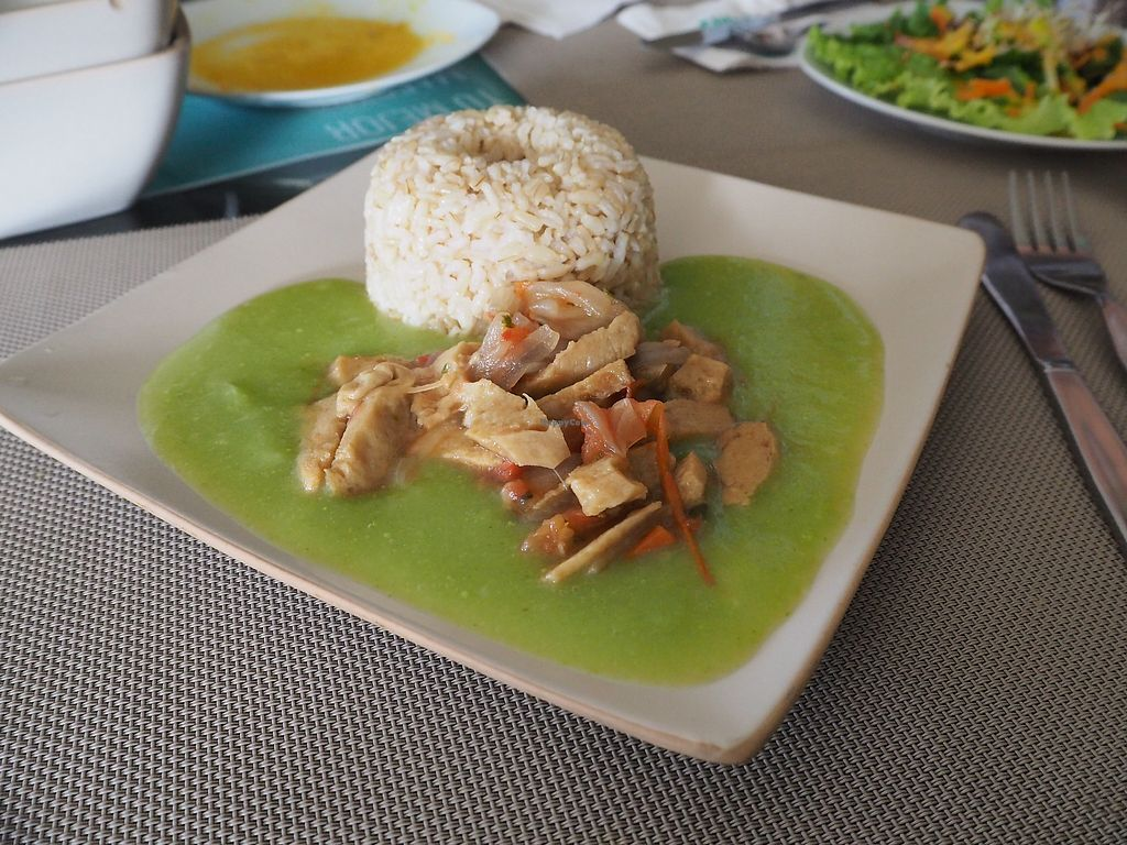 "Photo of Muya Musquy  by <a href=""/members/profile/tryngl"">tryngl</a> <br/>main course with pea sauce and fake meat <br/> October 29, 2017  - <a href='/contact/abuse/image/63908/319989'>Report</a>"