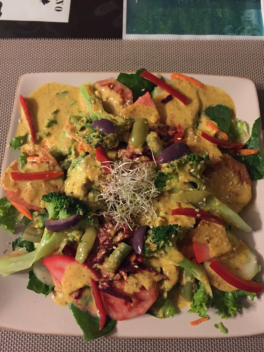 "Photo of Muya Musquy  by <a href=""/members/profile/Dianebg"">Dianebg</a> <br/>Salad with cashew dressing  <br/> November 10, 2017  - <a href='/contact/abuse/image/63908/324049'>Report</a>"