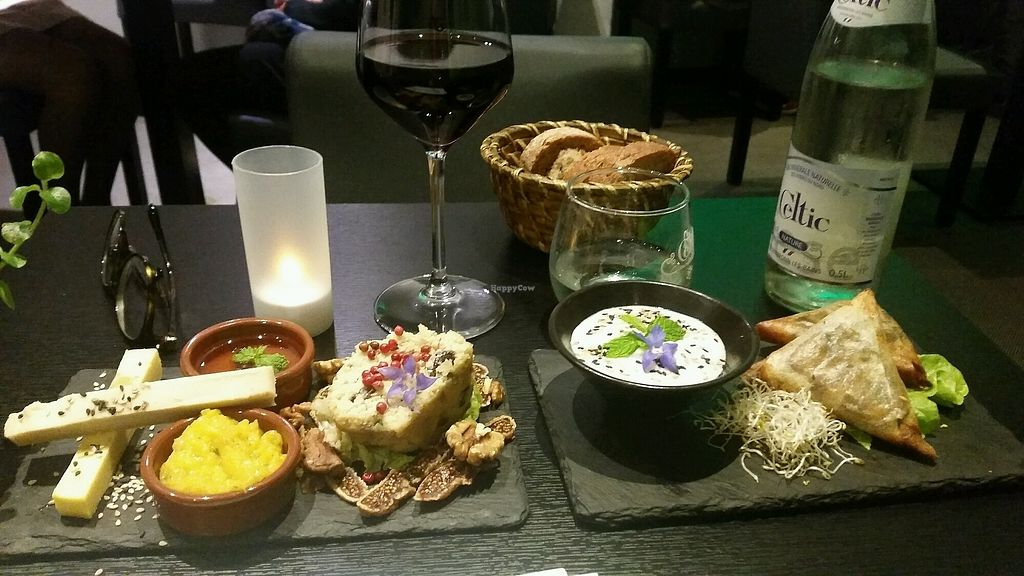 "Photo of Velicious  by <a href=""/members/profile/Ba%20Da"">Ba Da</a> <br/>vegan cheese platter and samosas <br/> October 12, 2017  - <a href='/contact/abuse/image/64013/314626'>Report</a>"