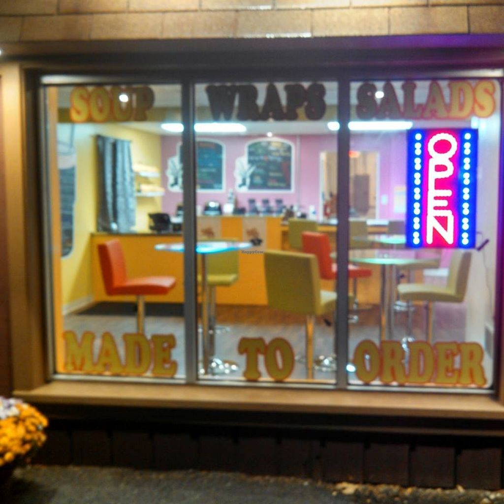 """Photo of Juiced Smoothie Bar  by <a href=""""/members/profile/community"""">community</a> <br/>Juiced Smoothie Bar  <br/> October 8, 2015  - <a href='/contact/abuse/image/64059/120664'>Report</a>"""