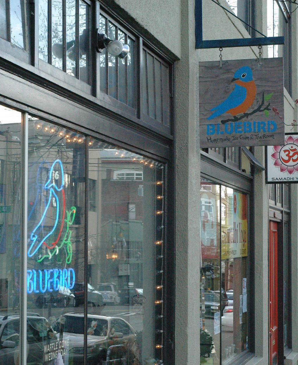 """Photo of Bluebird Ice Cream  by <a href=""""/members/profile/Vegan%20GiGi"""">Vegan GiGi</a> <br/>Bluebird Ice Cream <br/> October 8, 2016  - <a href='/contact/abuse/image/64067/233310'>Report</a>"""
