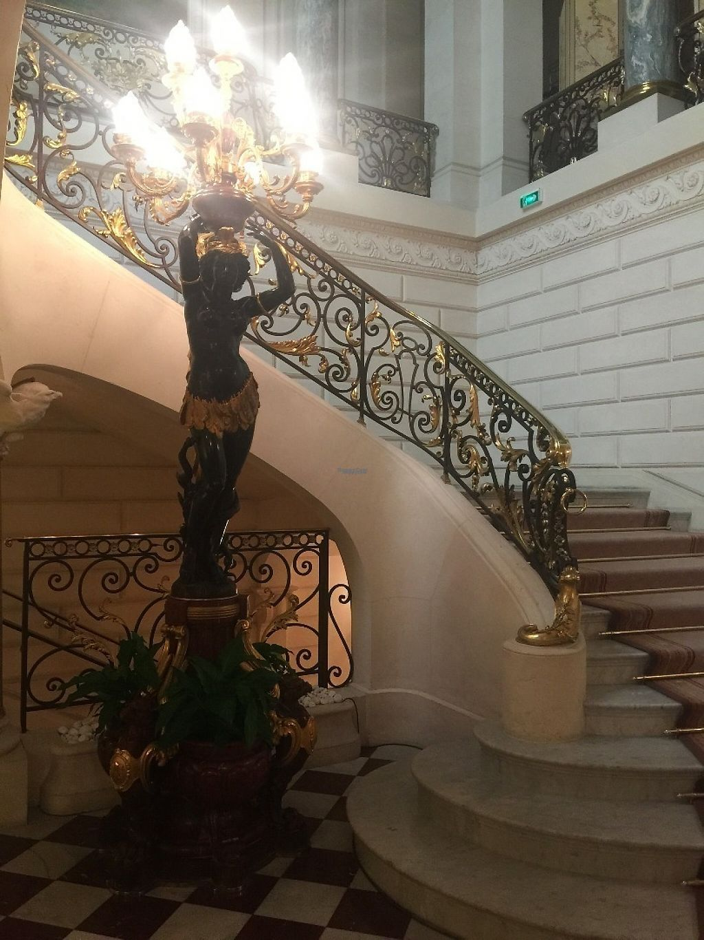 """Photo of Shangri-La Hotel - lounge  by <a href=""""/members/profile/Anne%20VDH"""">Anne VDH</a> <br/>Vegan friendly luxury hotel and restaurant in Paris. Shangri-La  <br/> January 16, 2017  - <a href='/contact/abuse/image/64090/212360'>Report</a>"""