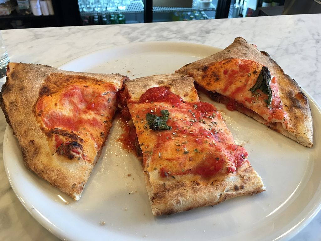 "Photo of Porta Napoli  by <a href=""/members/profile/Vegan%20Dearest"">Vegan Dearest</a> <br/>Cheeseless Calzone with Mushrooms <br/> October 8, 2015  - <a href='/contact/abuse/image/64098/120649'>Report</a>"