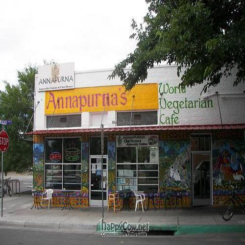 "Photo of Annapurna's World Vegetarian Cafe - UNM  by <a href=""/members/profile/Kiran"">Kiran</a> <br/> July 4, 2009  - <a href='/contact/abuse/image/6410/2190'>Report</a>"