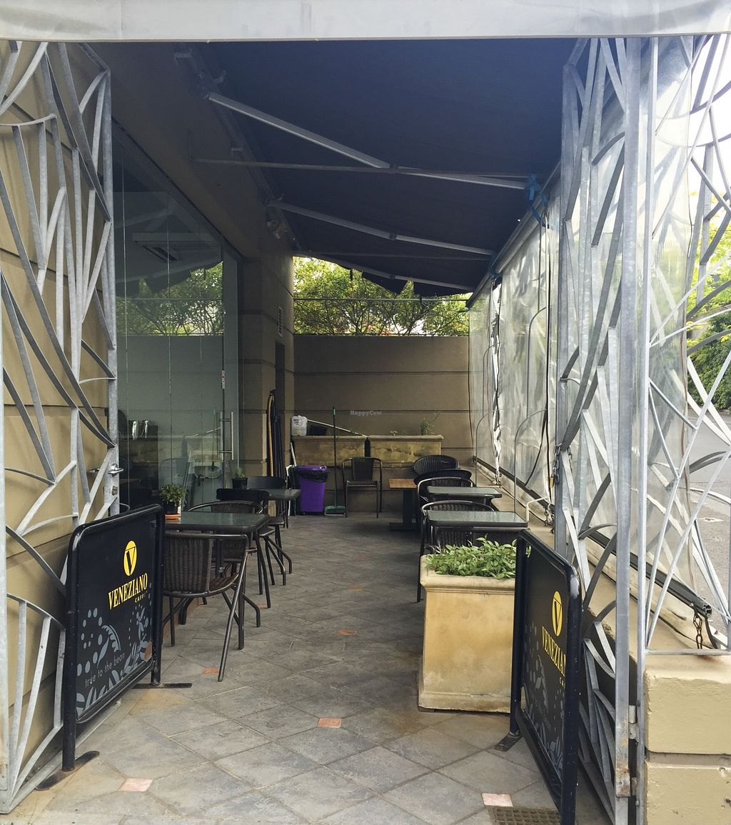 """Photo of V Series  by <a href=""""/members/profile/karlaess"""">karlaess</a> <br/>Outdoor dining <br/> November 22, 2015  - <a href='/contact/abuse/image/64133/125769'>Report</a>"""