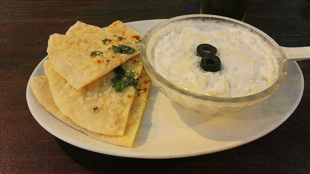"""Photo of EL Cafe Vegetarian Food  by <a href=""""/members/profile/KaisaKoo"""">KaisaKoo</a> <br/>tsaziki and naan <br/> January 31, 2018  - <a href='/contact/abuse/image/64136/353089'>Report</a>"""