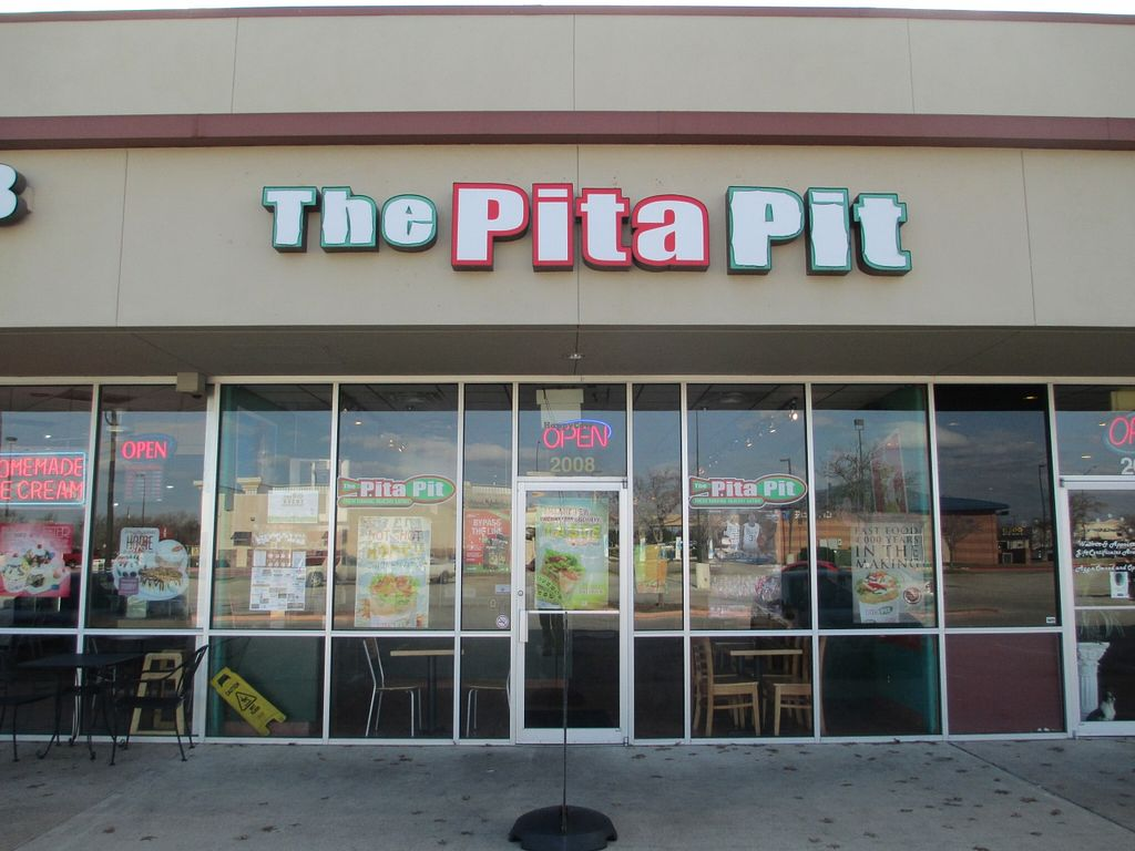 """Photo of Pita Pit  by <a href=""""/members/profile/superamy"""">superamy</a> <br/>The Pita Pit on Texas Ave in College Station serves fresh, healthy food to the masses. We offer vegetarian, vegan, meat, breakfast and kids pitas <br/> October 2, 2015  - <a href='/contact/abuse/image/64145/119899'>Report</a>"""