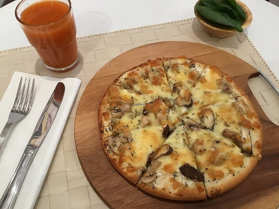 """Photo of Peace Cafe  by <a href=""""/members/profile/CherylQuincy"""">CherylQuincy</a> <br/>Pizza. Vegan cheese options available (Photo from Facebook page) <br/> March 17, 2018  - <a href='/contact/abuse/image/64160/371699'>Report</a>"""