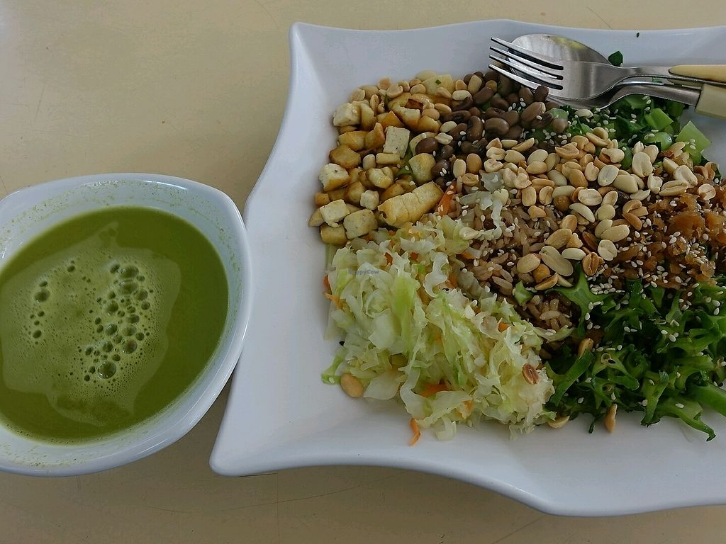 """Photo of Living Wholesome  by <a href=""""/members/profile/JimmySeah"""">JimmySeah</a> <br/>this is the $7 portion. the tofu and peanut are crunchy, the veggie are fresh and juicy <br/> December 23, 2017  - <a href='/contact/abuse/image/64188/338317'>Report</a>"""