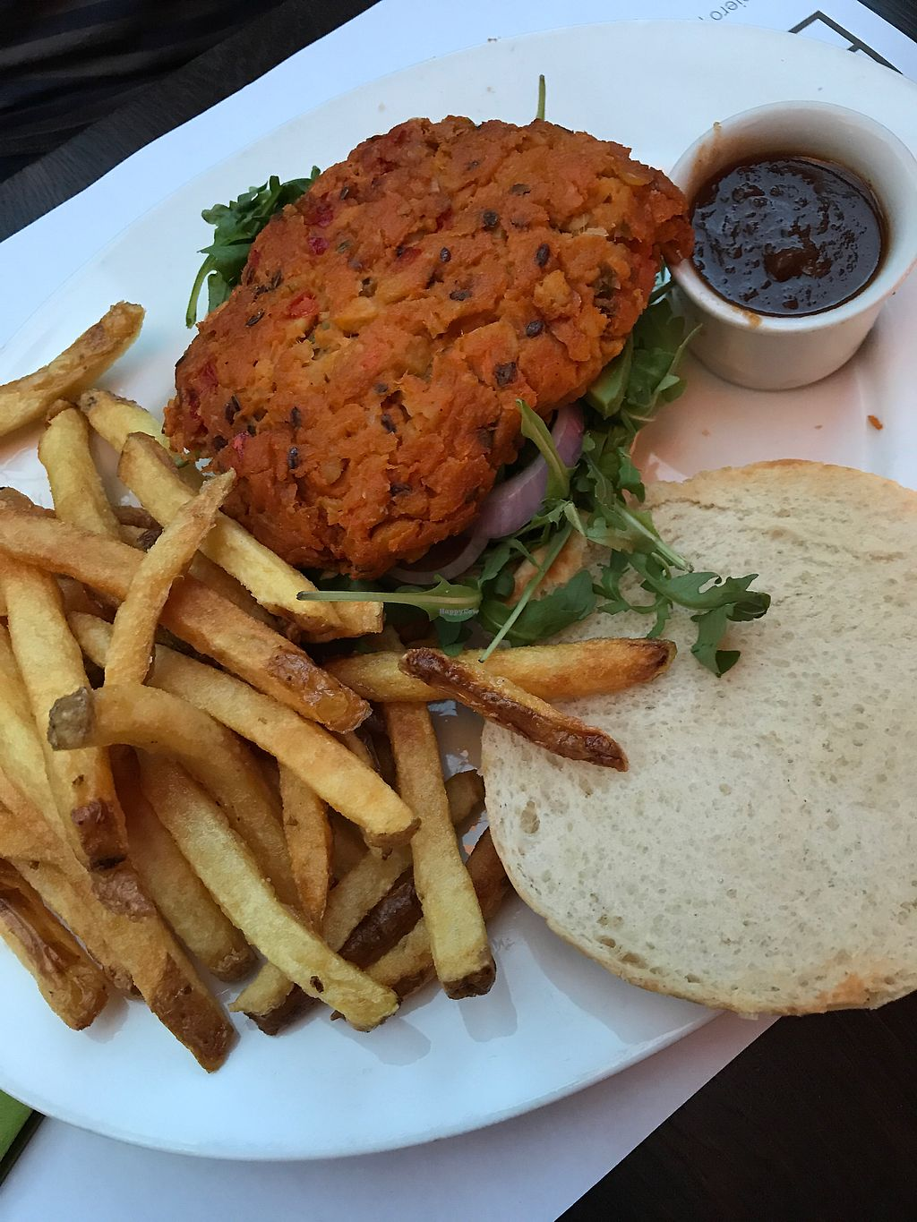 "Photo of Etnic  by <a href=""/members/profile/Fennefie"">Fennefie</a> <br/>vegan chickpeas burger <br/> August 10, 2017  - <a href='/contact/abuse/image/64191/291208'>Report</a>"