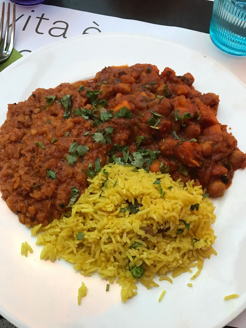 "Photo of Etnic  by <a href=""/members/profile/Fennefie"">Fennefie</a> <br/>vegan Indian dish, chickpeas lentils and rice curry. it was very good <br/> August 10, 2017  - <a href='/contact/abuse/image/64191/291209'>Report</a>"