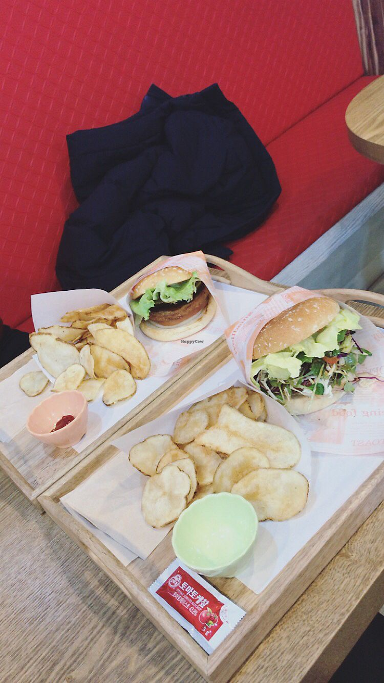 """Photo of Rice Burger Himiso - 하이미소  by <a href=""""/members/profile/MiriamRabi"""">MiriamRabi</a> <br/>Brown rice burger and salad burger  <br/> November 17, 2017  - <a href='/contact/abuse/image/64200/326465'>Report</a>"""