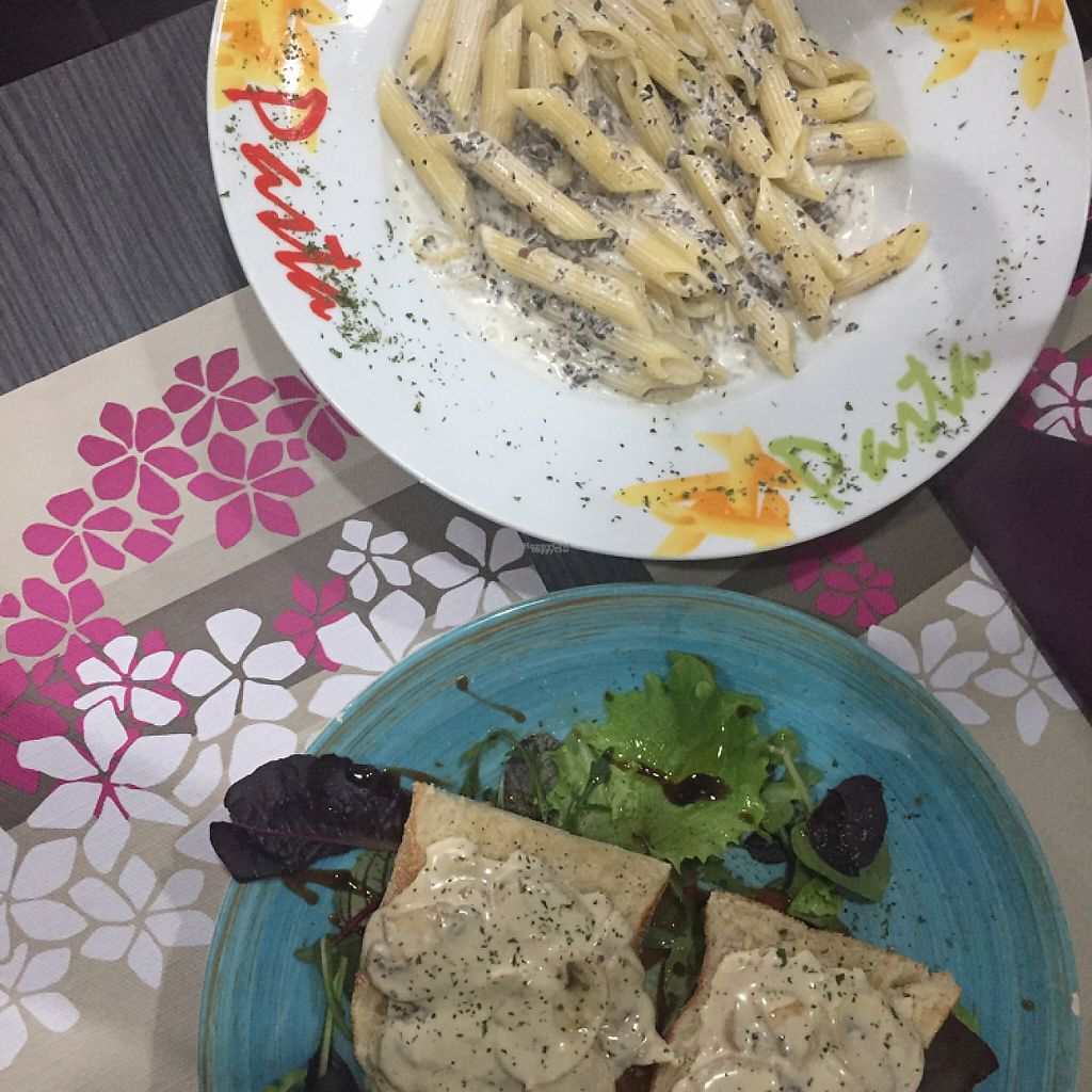 "Photo of Da Victoria  by <a href=""/members/profile/maorblu"">maorblu</a> <br/>Truffle pasta and mushroom toast <br/> March 30, 2017  - <a href='/contact/abuse/image/64271/242700'>Report</a>"