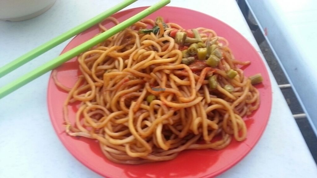 "Photo of Da Fei Char Mee Hoon  by <a href=""/members/profile/KarinS"">KarinS</a> <br/>Black Char Mee-fried noodles <br/> December 21, 2016  - <a href='/contact/abuse/image/64306/203516'>Report</a>"