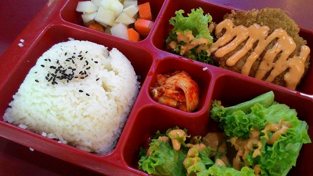 """Photo of CLOSED: Vegan Paradise Food Stall  by <a href=""""/members/profile/Peace%20..."""">Peace ...</a> <br/>Bento Set @ S$6.9 <br/> December 31, 2015  - <a href='/contact/abuse/image/64318/130549'>Report</a>"""